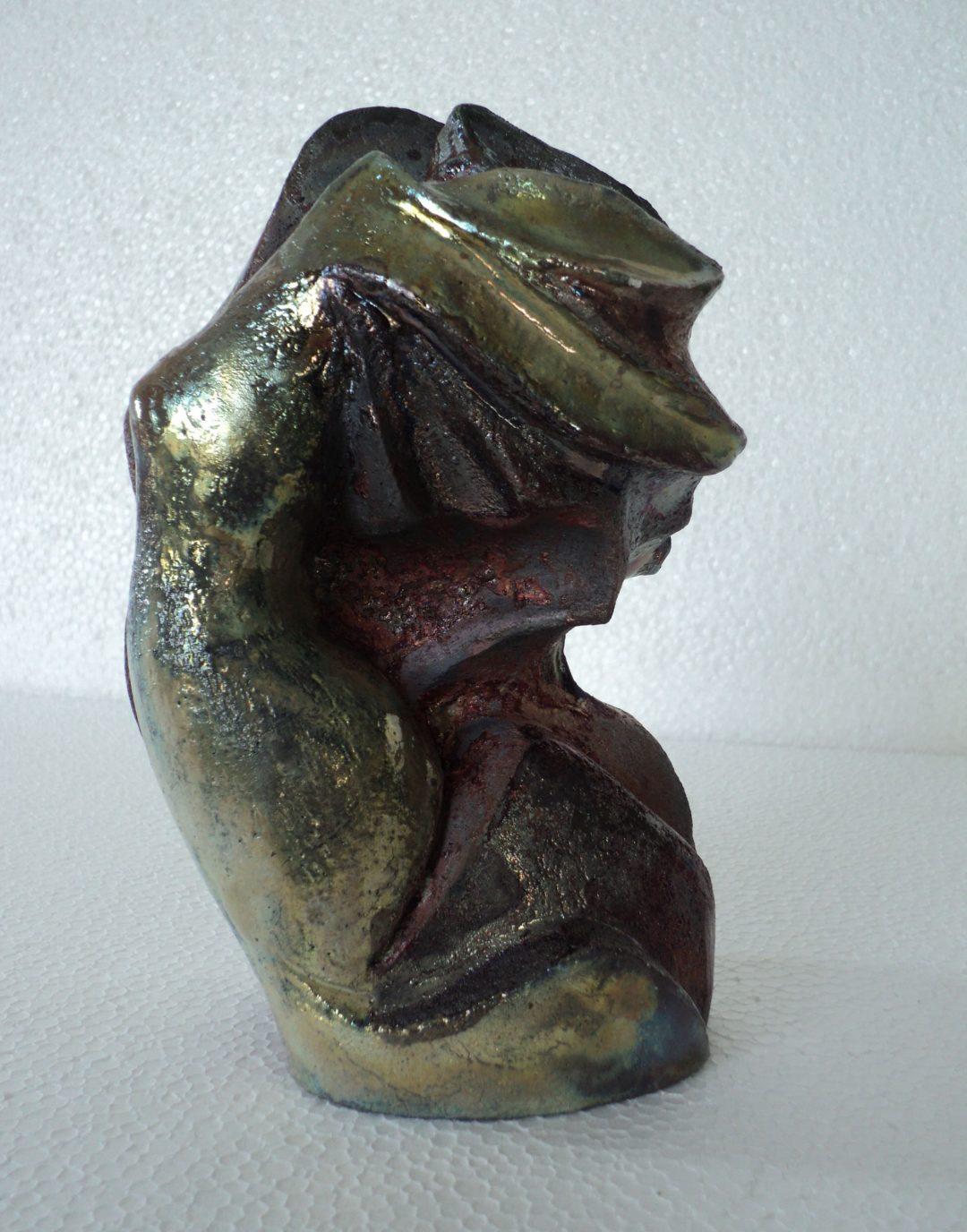 Polena sculturina racu